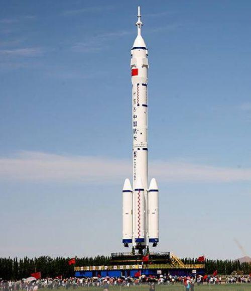 运载火箭:自主创新领先国际 _ 中国发展门户网-国家发展门户