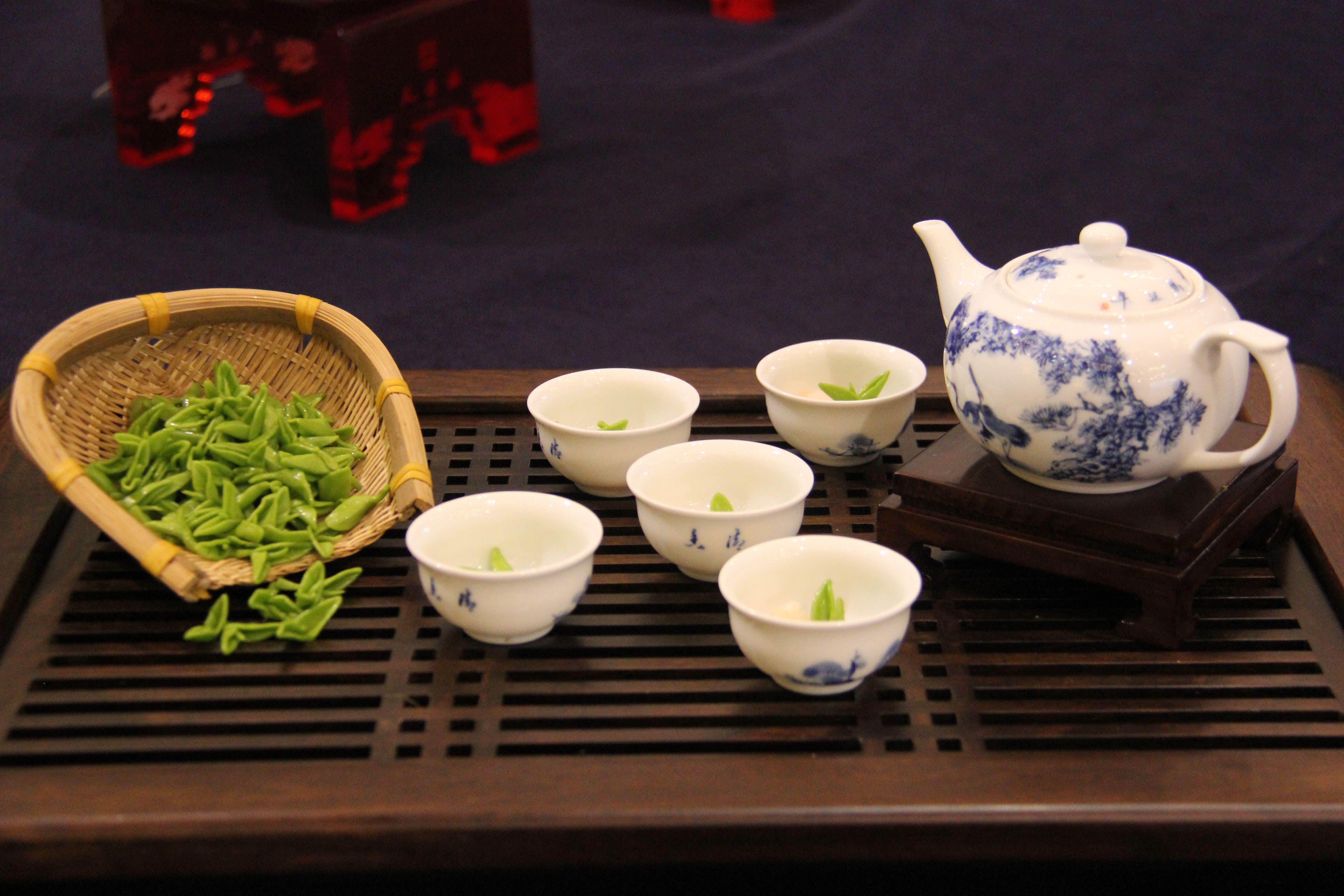 杭州西湖茶具手绘