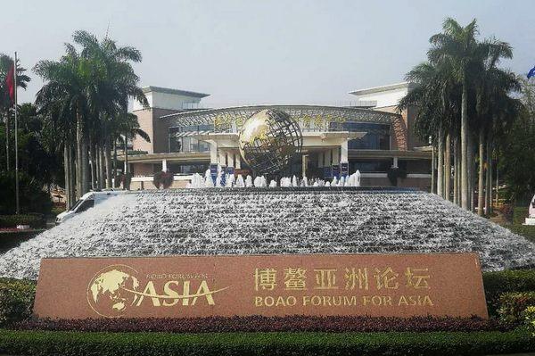 新时代的中国为世界贡献力量